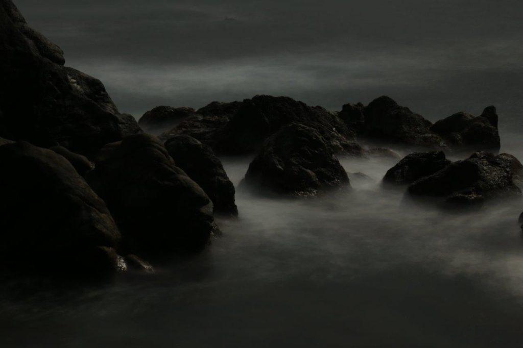 Night in Earth 中里和人写真展の画像